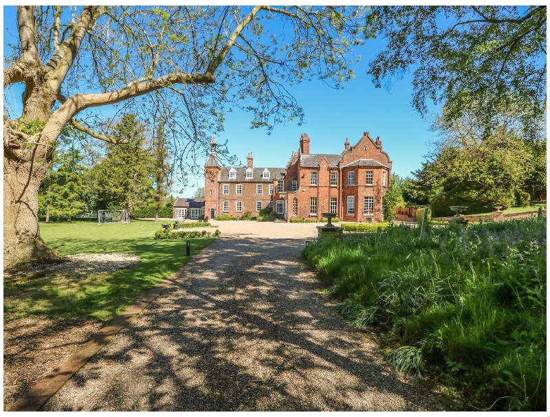 Teulons Hall a british holiday cottage for 28 in ,