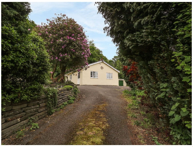 Sunnyside Lodge a british holiday cottage for 2 in ,