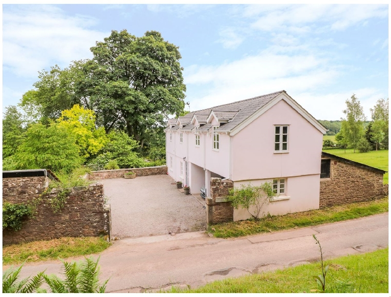 The Buckstone House Coach House a british holiday cottage for 4 in ,
