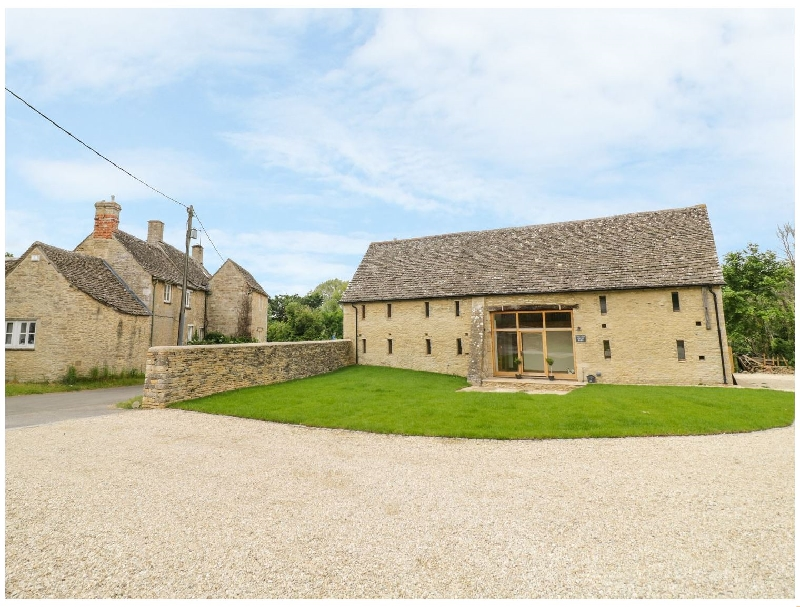 The Old Great Barn a british holiday cottage for 8 in ,