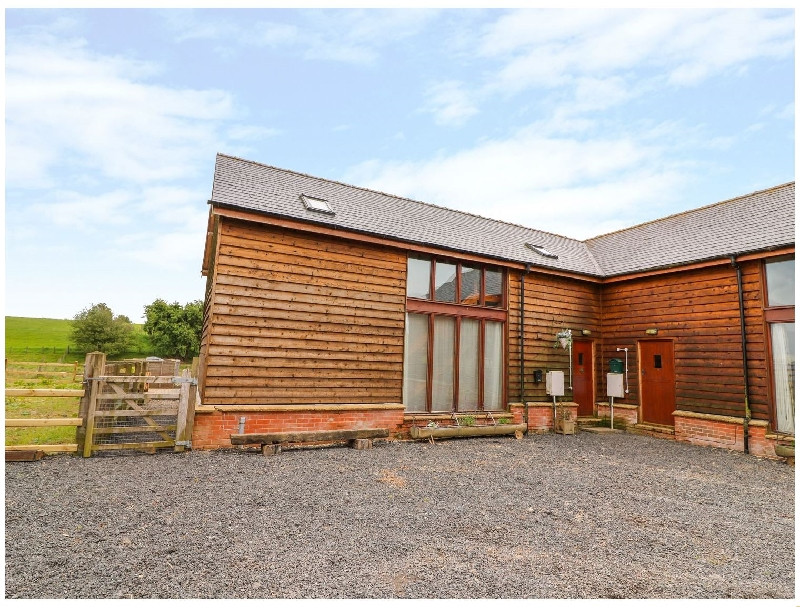The Barn a british holiday cottage for 6 in ,