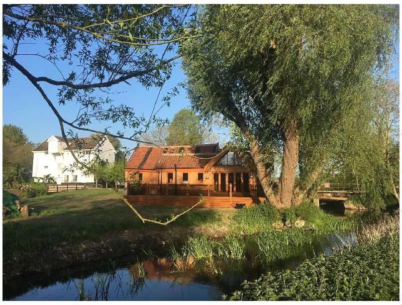 Click here for more about Watermill Granary Barn