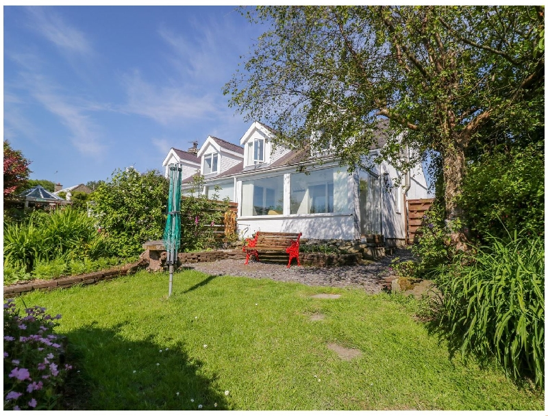 Glan Y Wern a british holiday cottage for 2 in ,