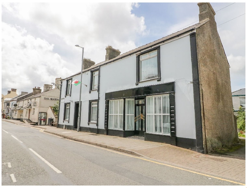 Regent House a british holiday cottage for 19 in ,