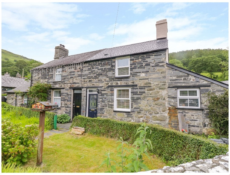 Arthur's Cottage a british holiday cottage for 4 in ,