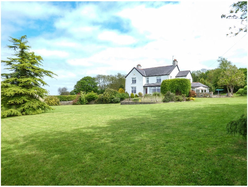 Clai a british holiday cottage for 10 in ,