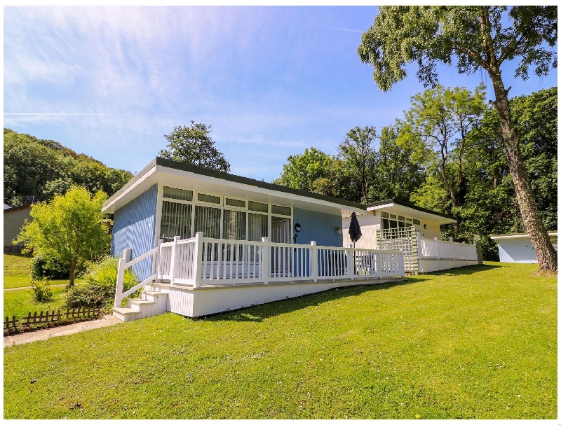Beach Retreat a british holiday cottage for 4 in ,