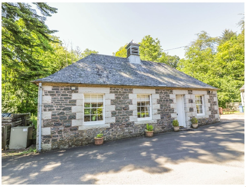 Duck Pond Cottage a british holiday cottage for 2 in ,