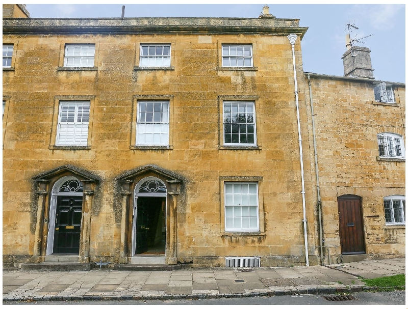 4 Maidens Row a british holiday cottage for 8 in ,