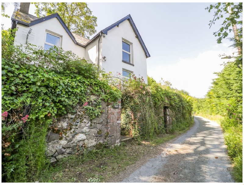 Bryn Tirion a british holiday cottage for 5 in ,