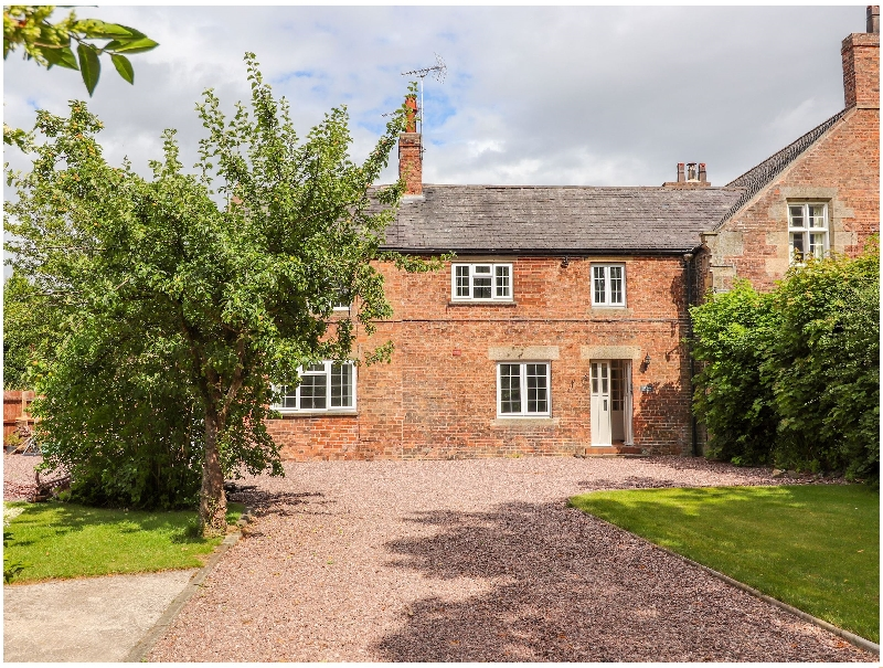 Well House Farm Flat 2 a british holiday cottage for 4 in ,