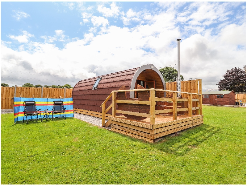 Two Hoots a british holiday cottage for 2 in ,