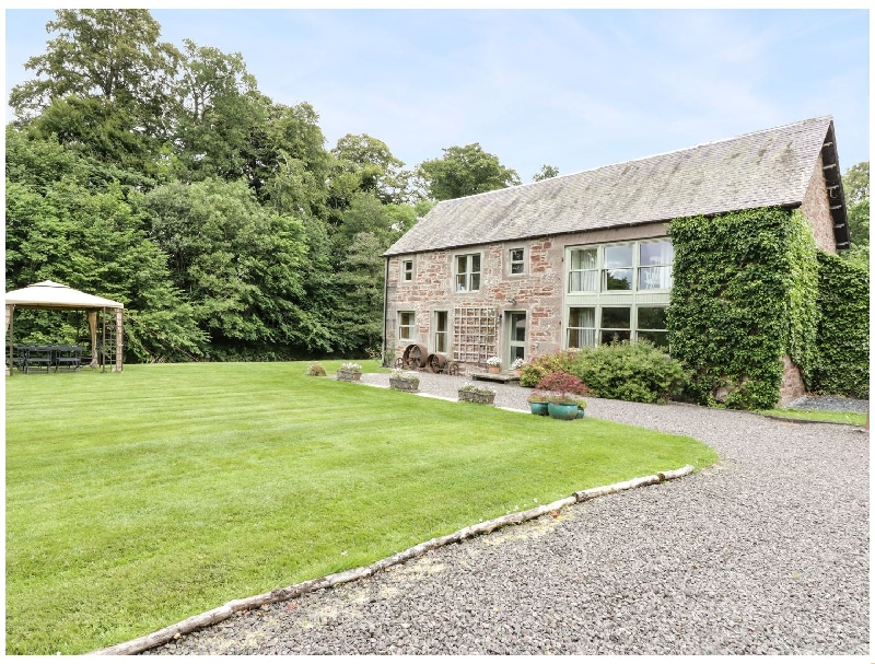 Cardean Mill a british holiday cottage for 8 in ,