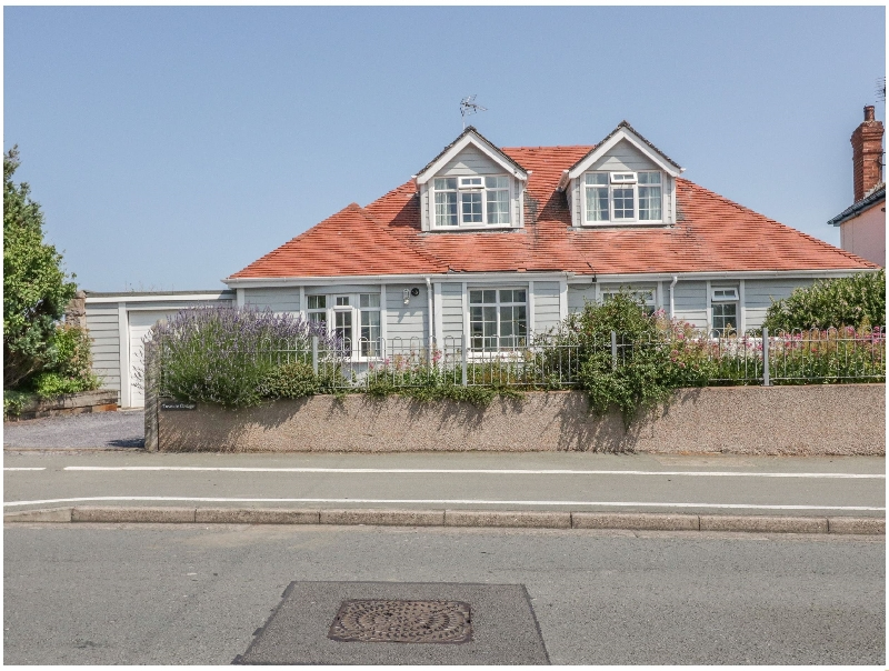 Treasure Cottage a british holiday cottage for 8 in ,
