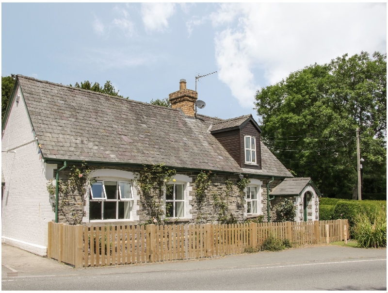 Old School House a british holiday cottage for 2 in ,