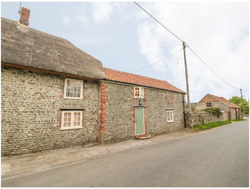 Little Thenford a british holiday cottage for 6 in ,