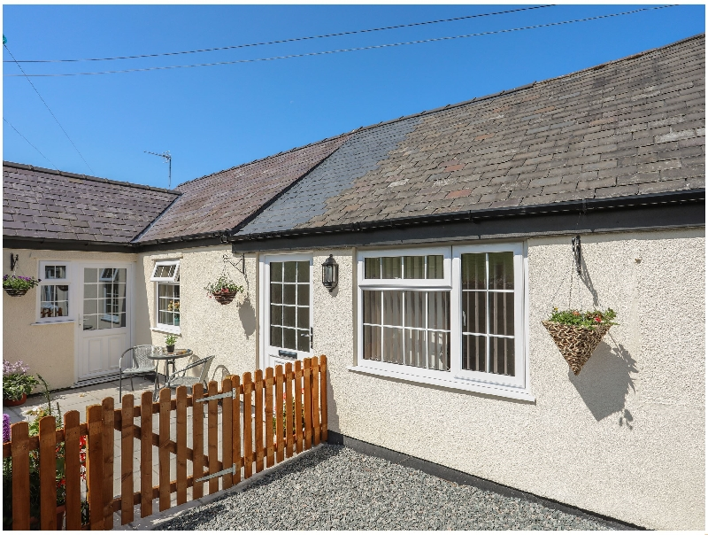 The Cottage at Garnedd Isaf a british holiday cottage for 2 in ,