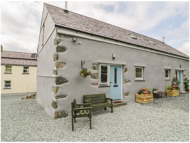 Marchlyn a british holiday cottage for 4 in ,