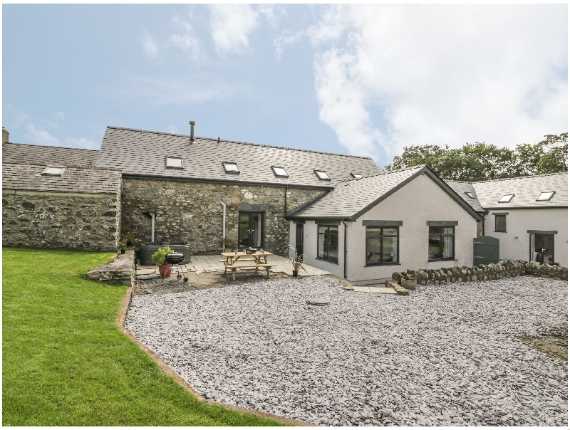 Storws a british holiday cottage for 6 in ,