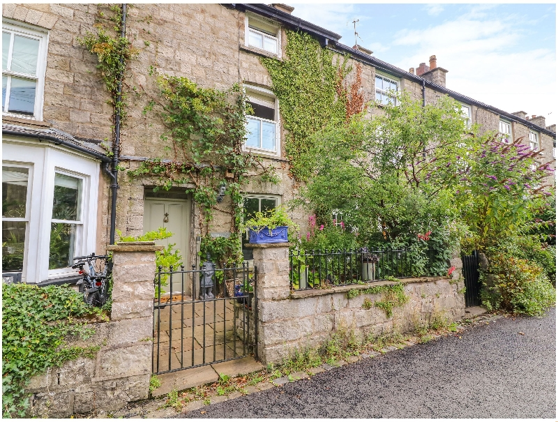 Click here for more about 10 Castle Crescent