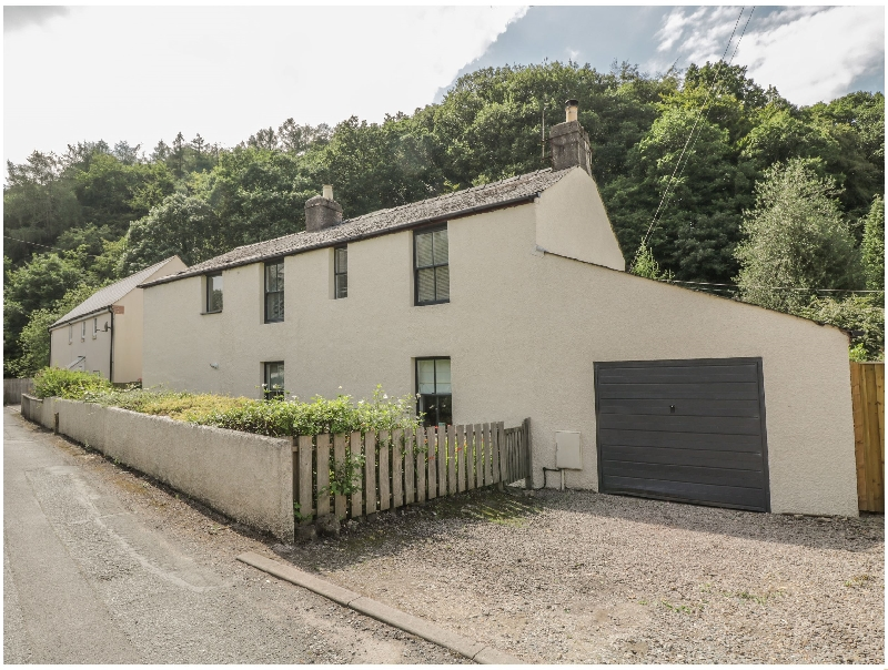Coppice a british holiday cottage for 8 in ,