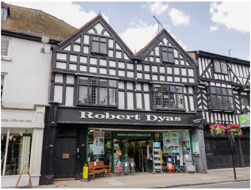 Tudor Loft - High Street a british holiday cottage for 4 in ,