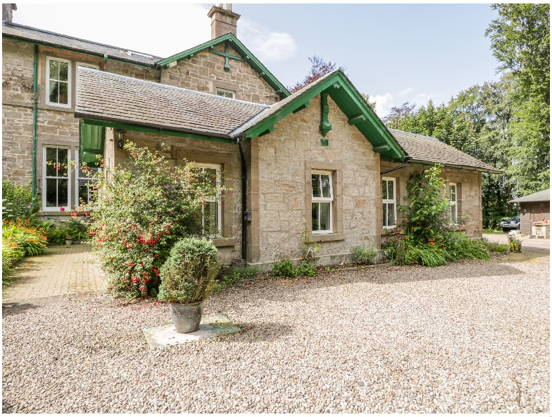 Courtyard Cottage a british holiday cottage for 6 in ,