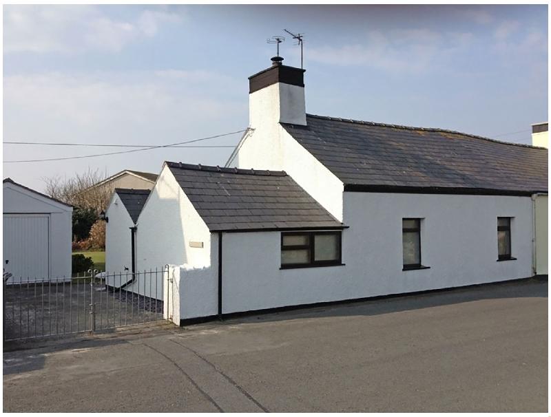 Tyddyn Serri a british holiday cottage for 4 in ,