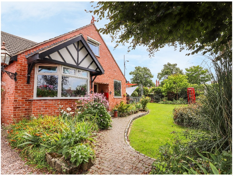 Dragon's Den a british holiday cottage for 4 in ,
