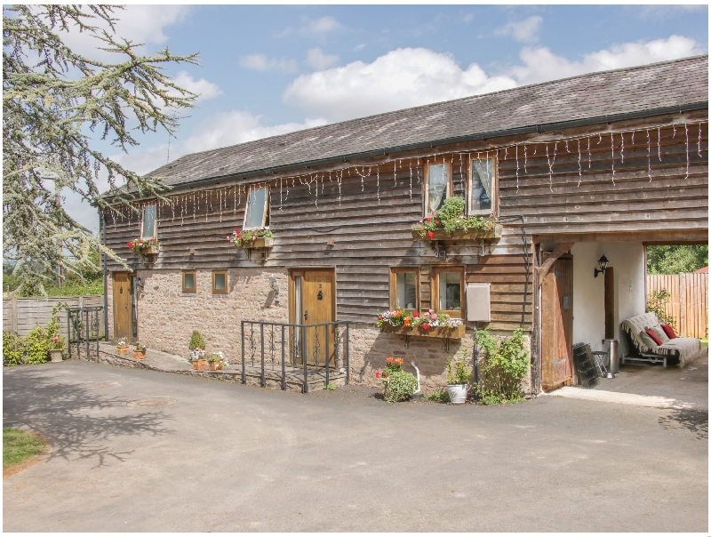 Click here for more about Broxwood Barn