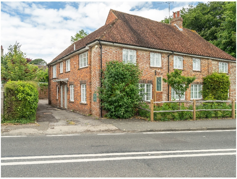 Goodwood Cottage a british holiday cottage for 4 in ,