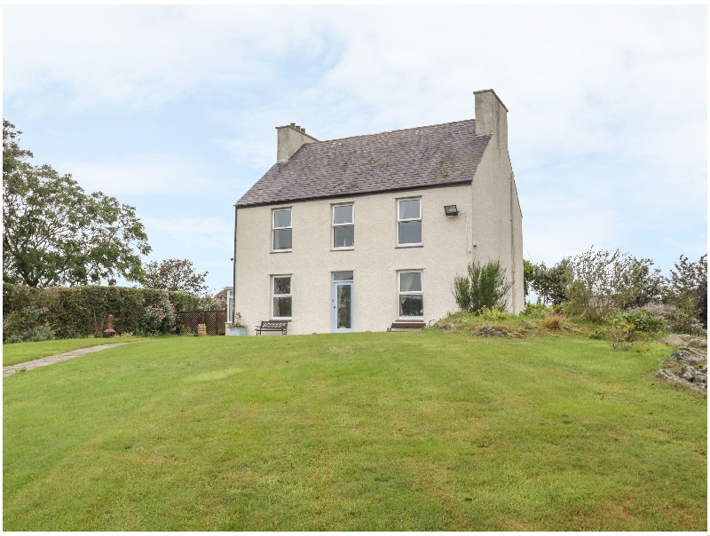 Llechog Uchaf a british holiday cottage for 10 in ,