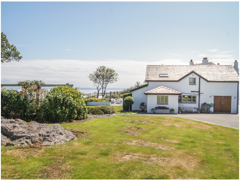 Bro Dawel a british holiday cottage for 12 in ,