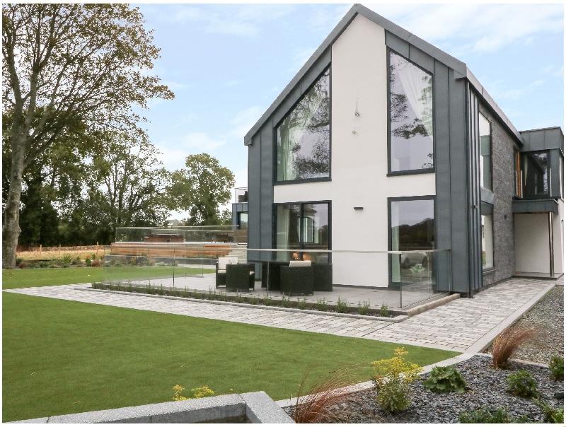 Dafarn Newydd Studio a british holiday cottage for 2 in ,
