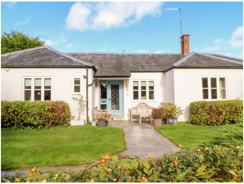 Birchfield Cottage a british holiday cottage for 4 in ,