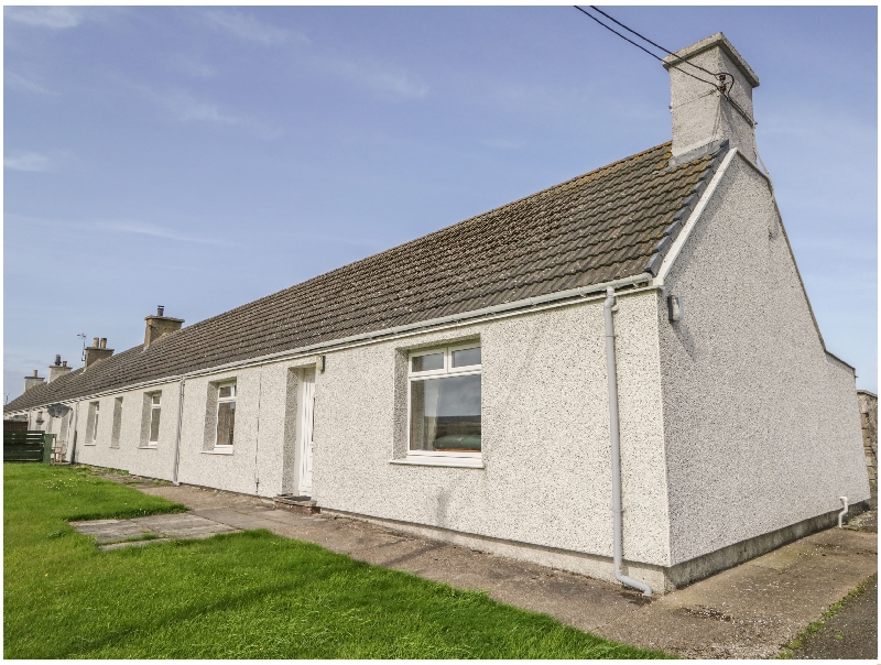 Number One Scrabster Farm Cottages a british holiday cottage for 6 in ,