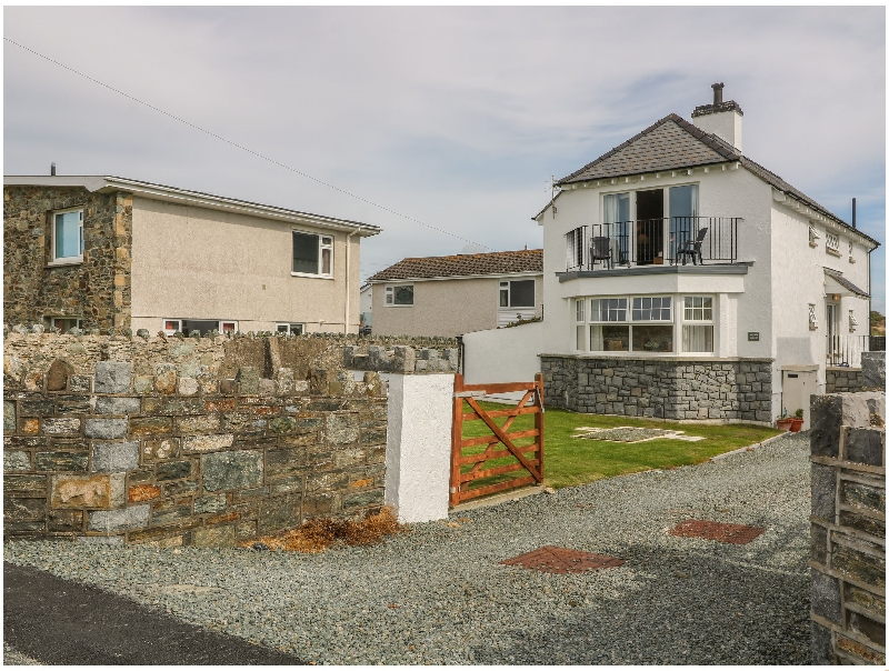 Porth House a british holiday cottage for 6 in ,