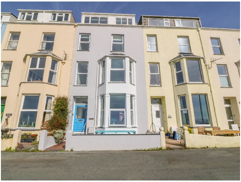 11 Marine Terrace a british holiday cottage for 15 in ,