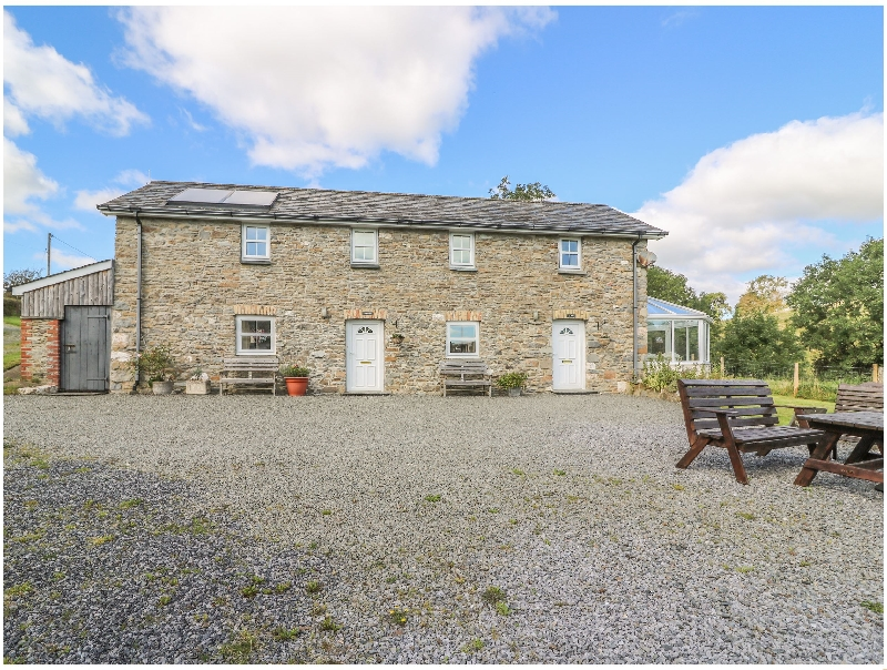 Ty Nant a british holiday cottage for 6 in ,