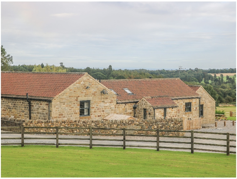 Sally's Barn a british holiday cottage for 8 in ,