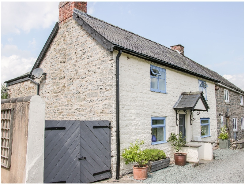 1 Garden Cottages a british holiday cottage for 6 in ,
