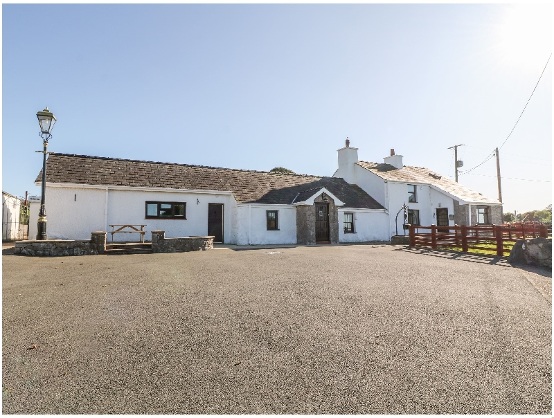 Buarthau Cottage a british holiday cottage for 8 in ,