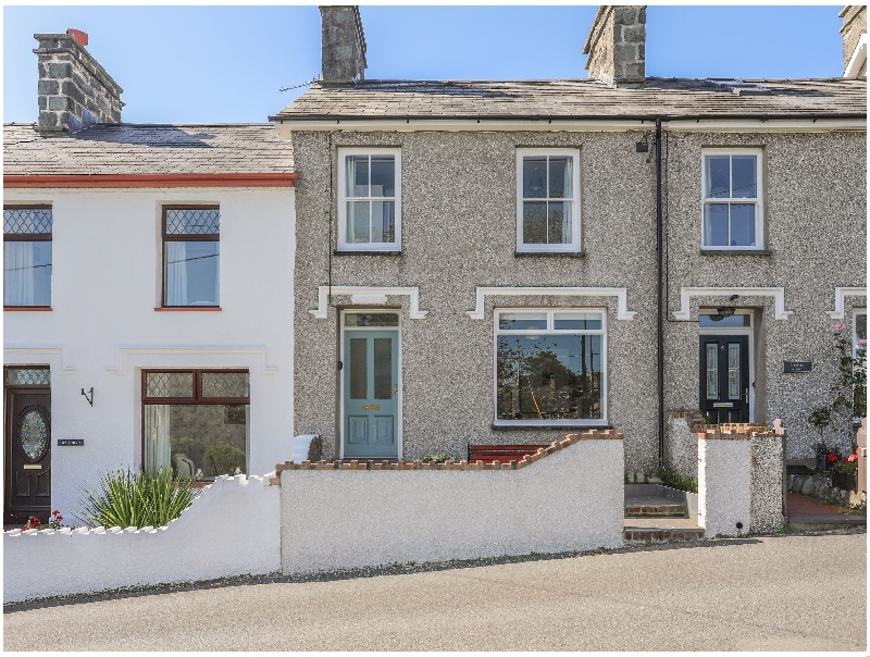 Maes-Yr-Haf a british holiday cottage for 6 in ,
