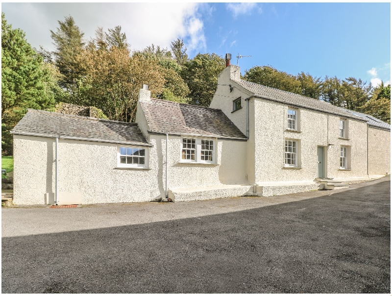 Leeward Cottage a british holiday cottage for 8 in ,