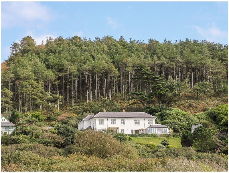 Brynmorwydd a british holiday cottage for 14 in ,