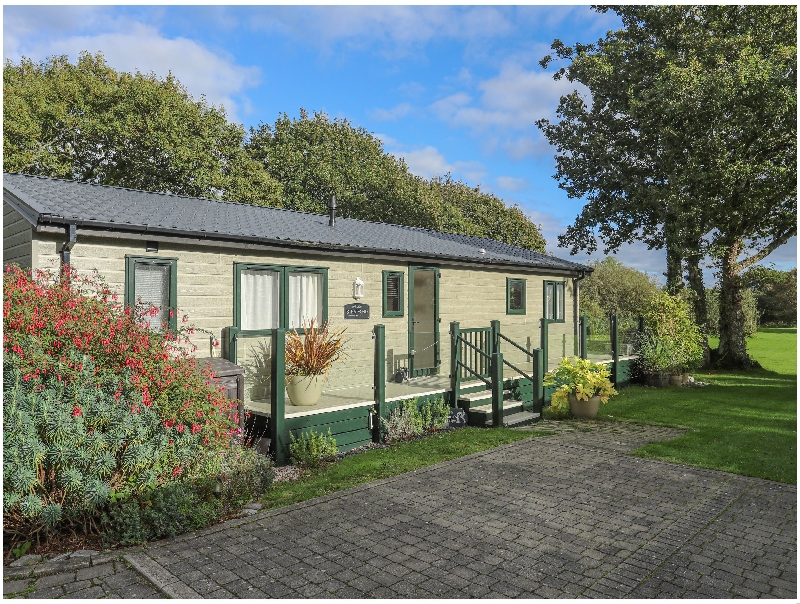 Hare's Lodge a british holiday cottage for 4 in ,