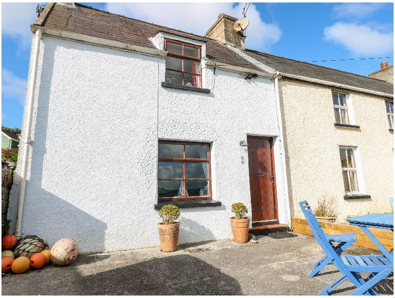 2 Strand Cottages a british holiday cottage for 4 in ,