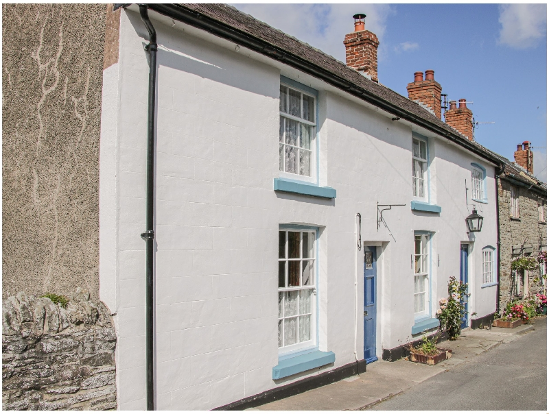 Lantern House a british holiday cottage for 8 in ,