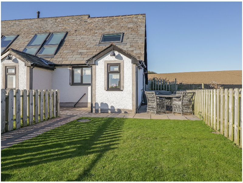 Daisy Cottage a british holiday cottage for 2 in ,