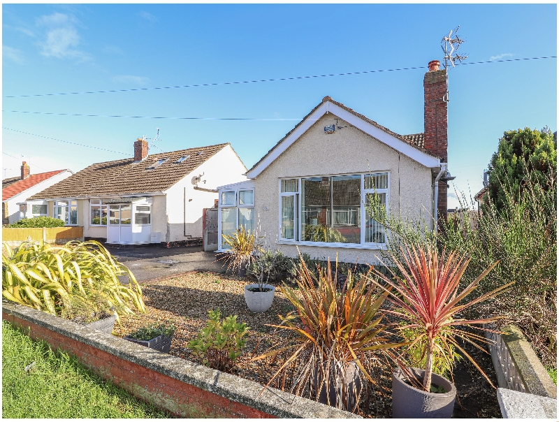 43 Lon y Cyll a british holiday cottage for 4 in ,